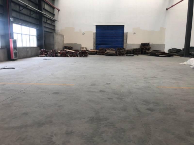 原房东1800平米单层厂房出租