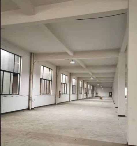 蟠龙山路宽敞明亮二楼2100平厂房出租