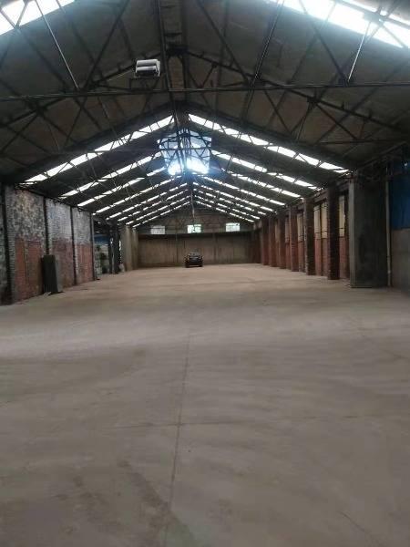 璜塘厂房低价出租2400平米