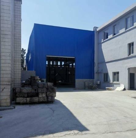 江阴山观700平标准厂房出租 有5吨行车