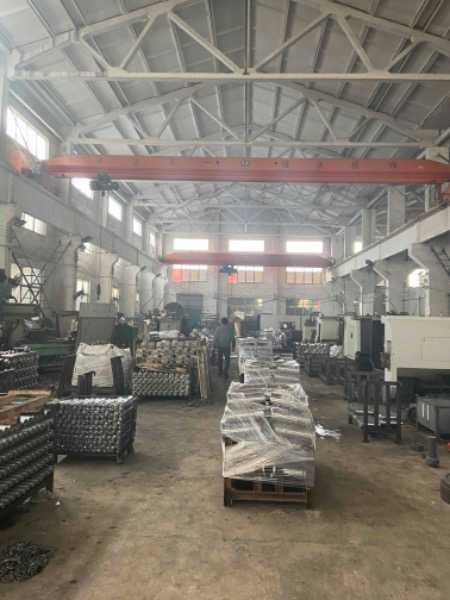 周庄华宏村 1000平米标准厂房 有行车
