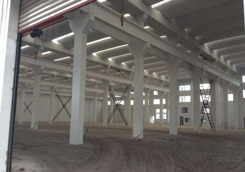 周庄工业园区2000平标准厂房出租 层高12米 带行车