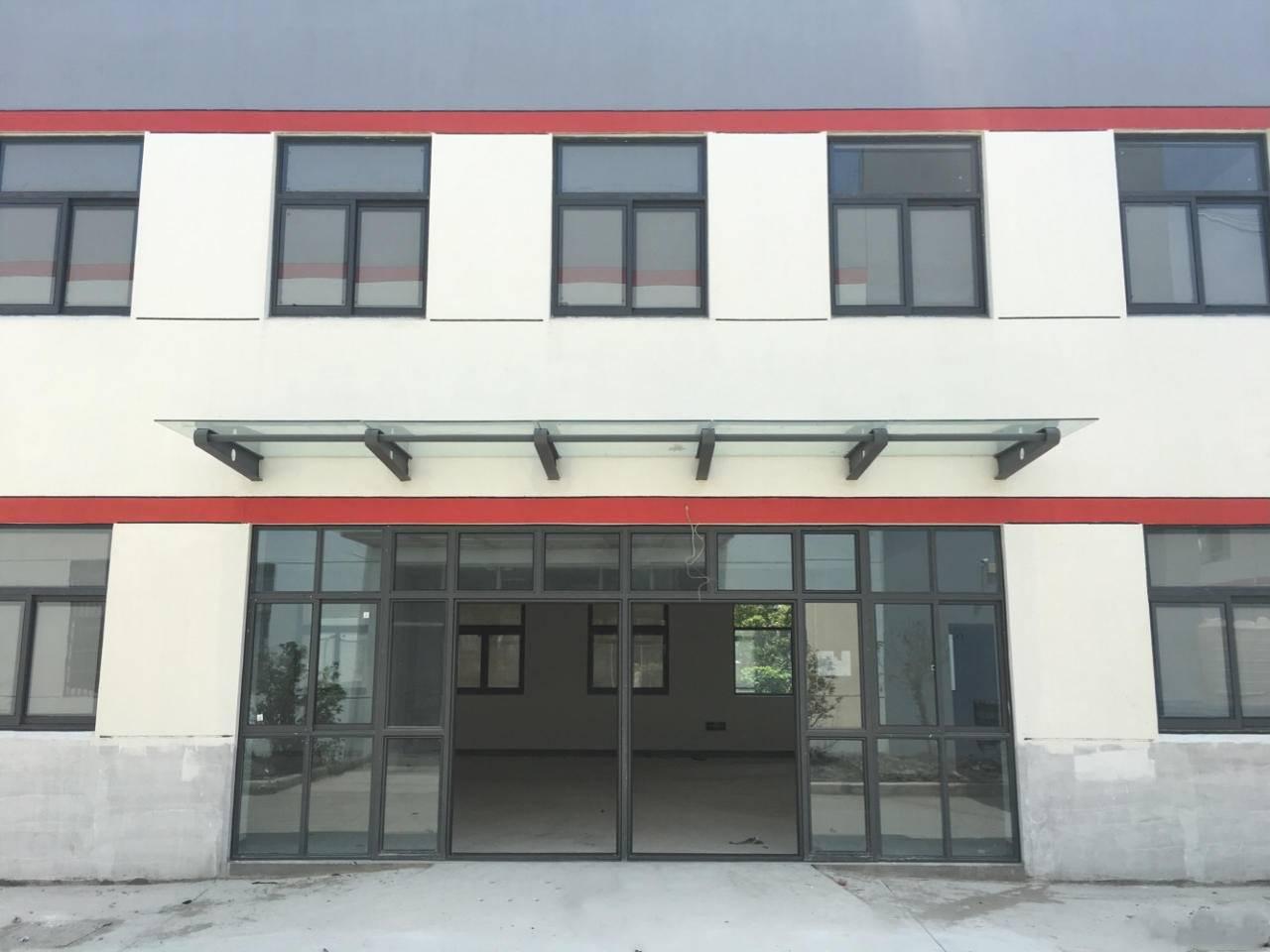 城北独栋标准厂房出租  1700平  原房东